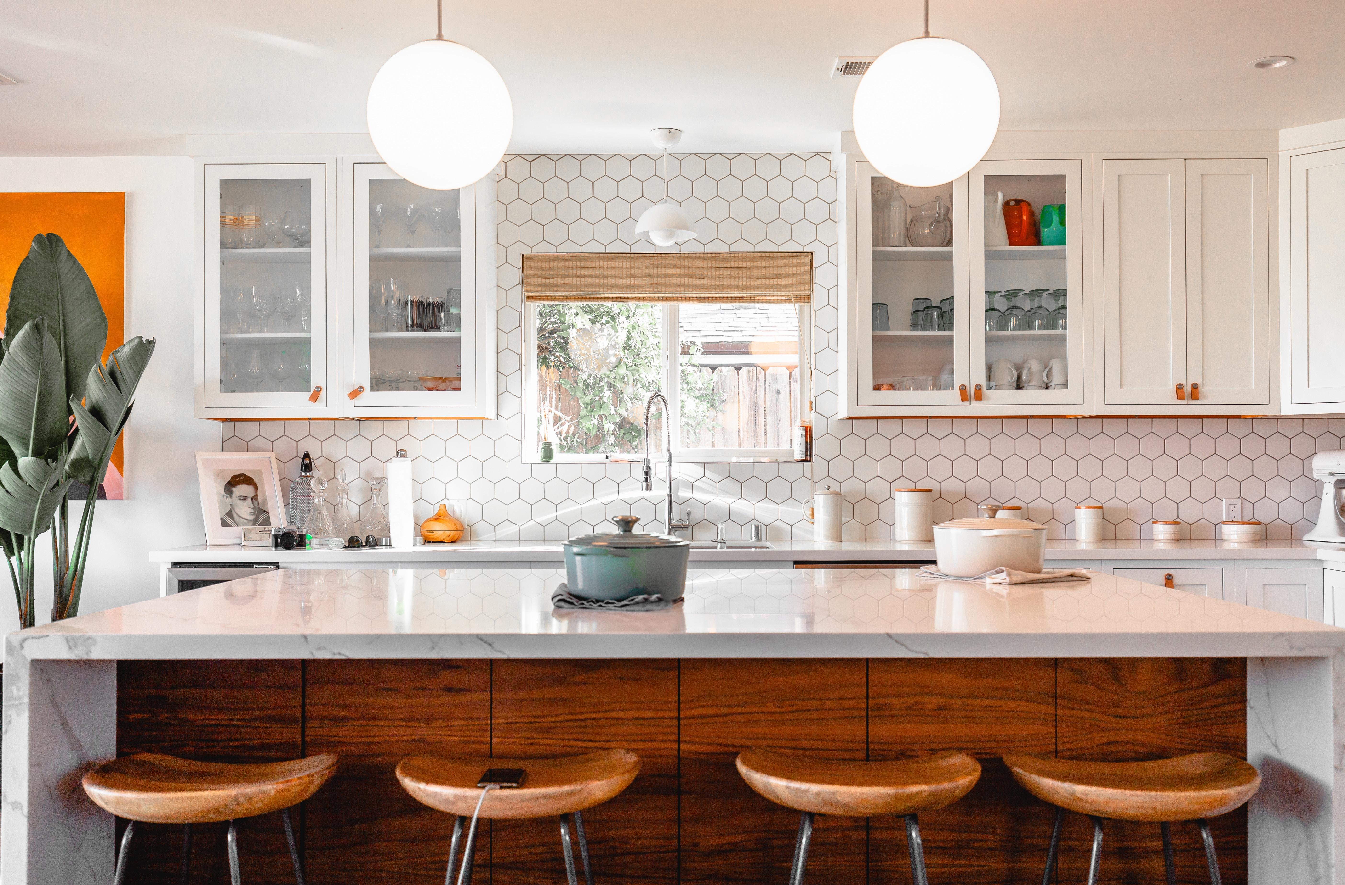 Arredare una cucina piccola 4 idee tra stile e for Idee per arredare una cucina piccola