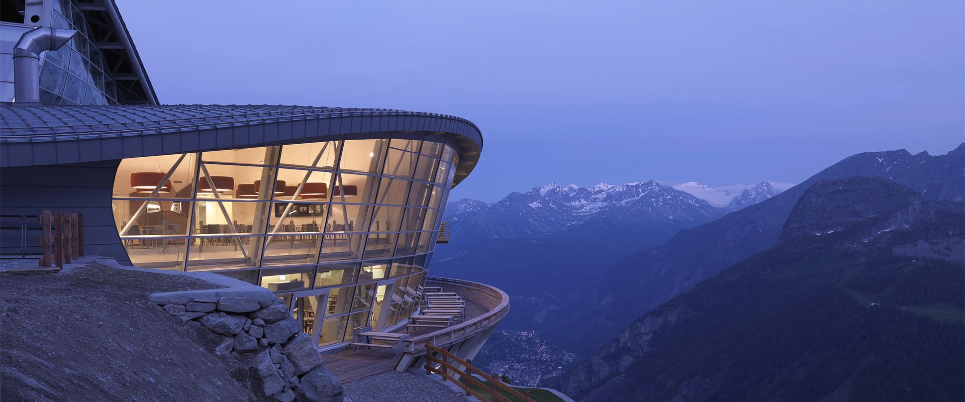 A Terrace At 3 466 Metres Above Sea Level Skyway Monte